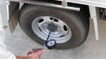 Nguy cơ xe gặp tai nạn vì lốp non hơi